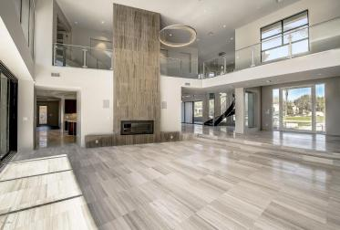 Shiny new modern crib in PV comes with its own espresso-coffee maker 3