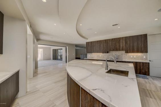 Shiny new modern crib in PV comes with its own espresso-coffee maker 8