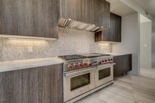 Shiny new modern crib in PV comes with its own espresso-coffee maker 9