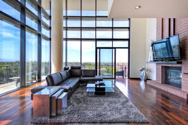 Exclusive peak of Portland Place newest sexy 2-story HighRise Penthouse 4