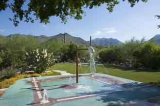 Sales of Luxury Real Estate in the Scottsdale-Phoenix-Paradise Valley market for March 2016 topped out at $4.1 million 1