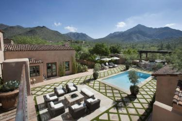 Sales of Luxury Real Estate in the Scottsdale-Phoenix-Paradise Valley market for March 2016 topped out at $4.1 million 2