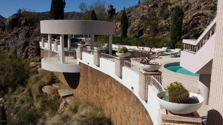 Sales of Luxury Real Estate in the Scottsdale-Phoenix-Paradise Valley market for March 2016 topped out at $4.1 million 6