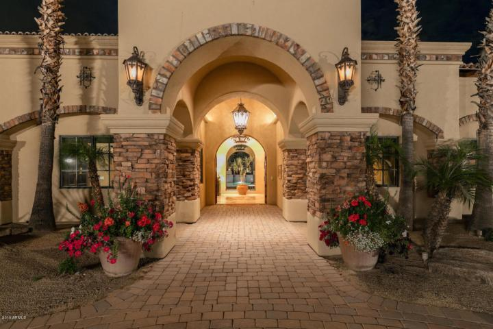Elegant Spanish Mediterranean Paradise Valley estate with old world charm heads to auction May 26th 2016 1