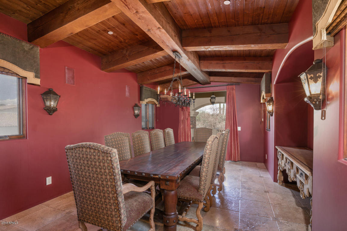 Elegant Spanish Mediterranean Paradise Valley estate with old world charm heads to auction May 26th 2016 5