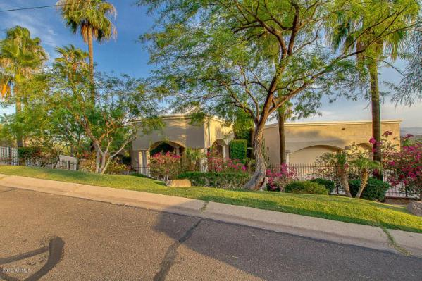 Phoenix house sitting on the South slope of Camelback Mountain 3