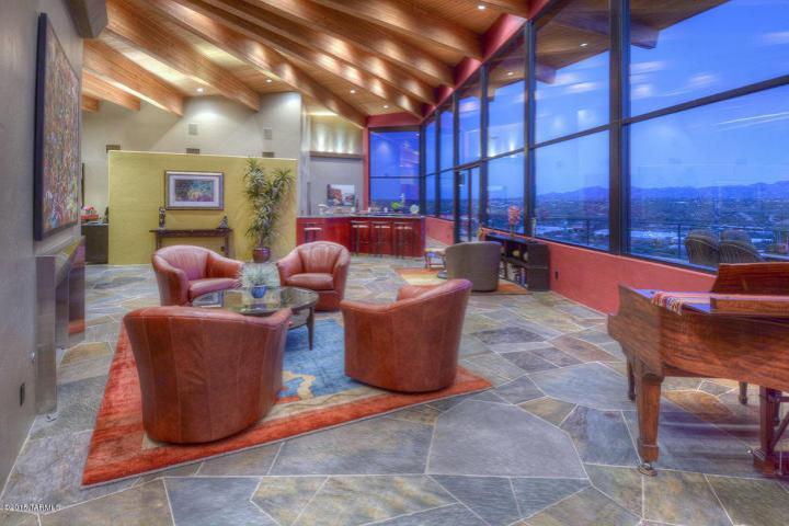 Tucson az minimalist contemporary cantilevered pad 3