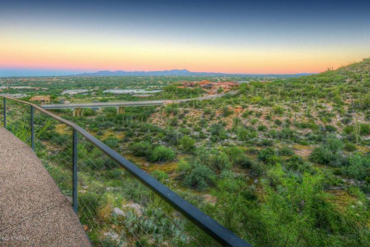 Tucson az minimalist contemporary cantilevered pad 7