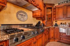 one-of-a-kind-renaissance-style-casa-with-northern-italian-decor-old-world-charm-7