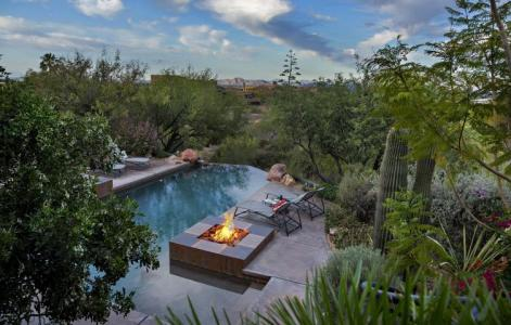 pinnacle-peak-vistas-2-2-contemporary-with-sleek-lines-captures-the-allure-of-the-sonoran-desert-12