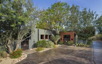 pinnacle-peak-vistas-2-2-contemporary-with-sleek-lines-captures-the-allure-of-the-sonoran-desert-4