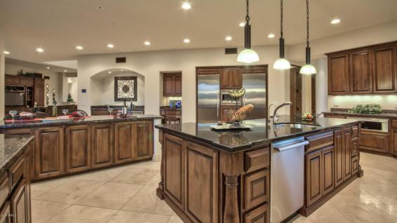 sara-palin-sells-scottsdale-estate-pitcher-tim-lincecum-sells-paradise-valley-party-pad-3