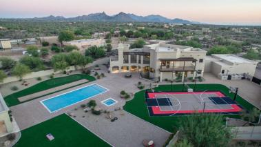 sara-palin-sells-scottsdale-estate-pitcher-tim-lincecum-sells-paradise-valley-party-pad