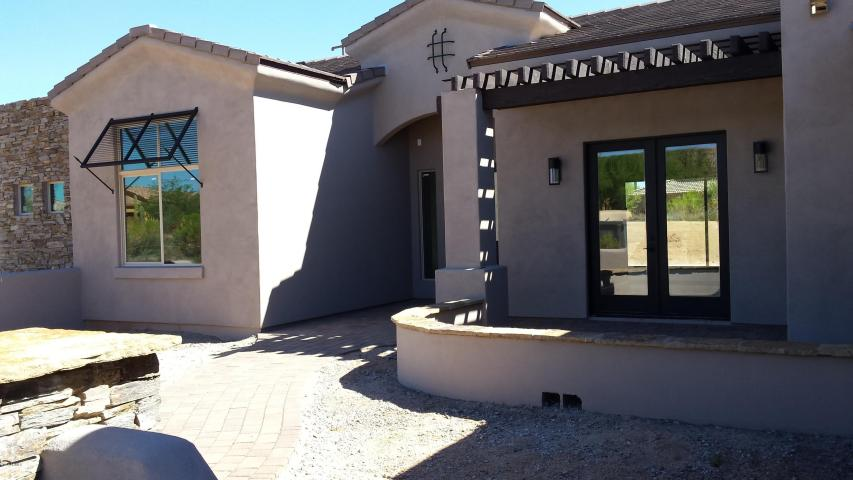 scottsdale-contemporary-spec-home-for-sale-1