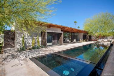 ultra-chic-modern-home-in-scottsdale-8
