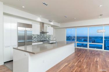 peak-inside-envy-condominiums-1-5m-skyhome-with-full-service-amenities-built-to-spoil-you-5