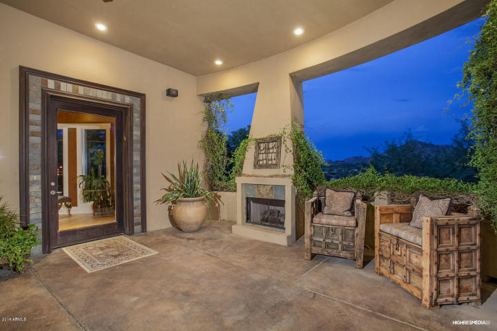 live-lavishly-for-18k-a-mo-at-this-paradise-valley-mansion-9