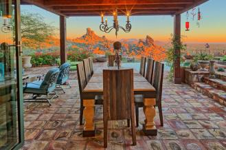 carefree-az-home-built-into-mountains-boulders-4