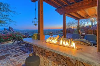 carefree-az-home-built-into-mountains-boulders-8