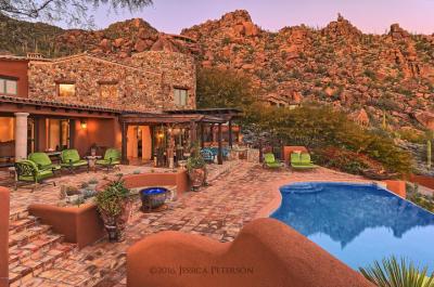carefree-az-home-built-into-mountains-boulders