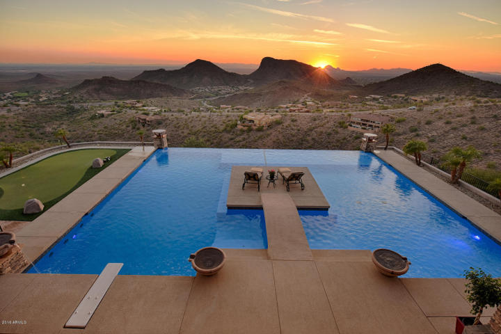 supreme-auctions-kicks-off-2017-with-viento-point-a-lavish-contemporary-in-fountain-hills-10