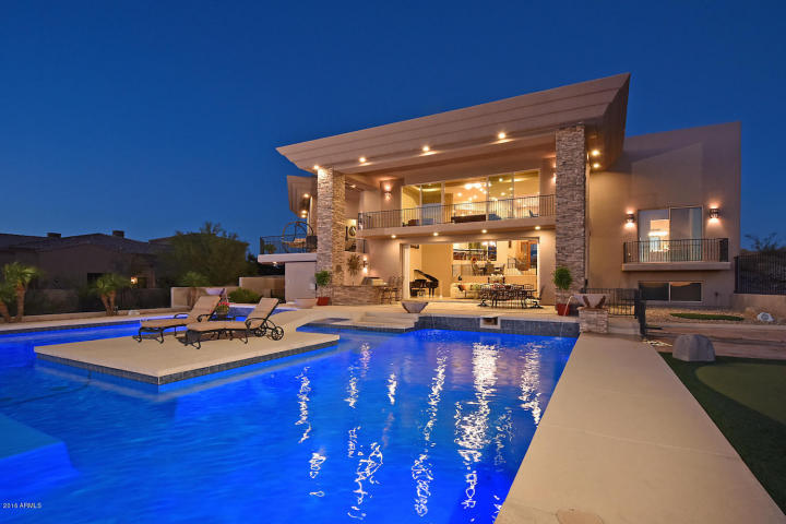 supreme-auctions-kicks-off-2017-with-viento-point-a-lavish-contemporary-in-fountain-hills-2