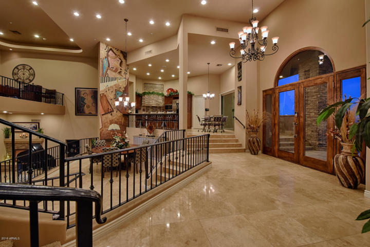 supreme-auctions-kicks-off-2017-with-viento-point-a-lavish-contemporary-in-fountain-hills-3