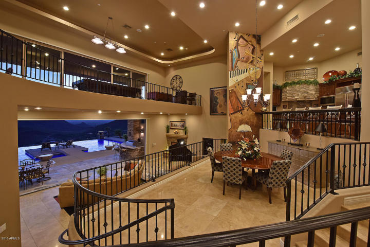 supreme-auctions-kicks-off-2017-with-viento-point-a-lavish-contemporary-in-fountain-hills-4