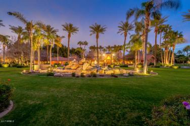 private-islands-in-the-desert-for-sale-10