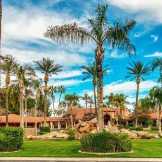 private-islands-in-the-desert-for-sale-18