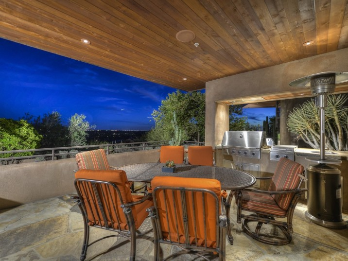 Auction planned for Carefree contemporary southwest architecture house with Award-Winning Landscape 11