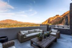 territorial-santa-fe-style-paradise-valley-home-on-top-of-camelback-mountain-4