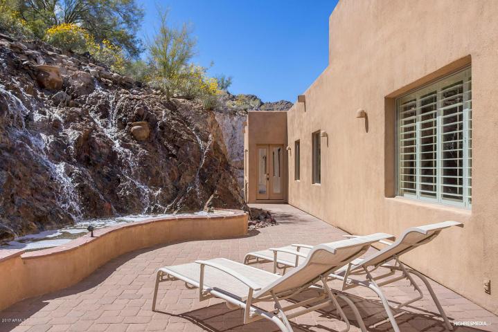Mediterranean mansion Perched high on Mummy Mountain 13
