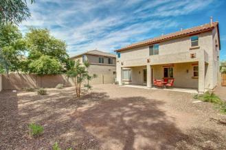 This Pulte Homes in STETSON VALLEY is the total package 13