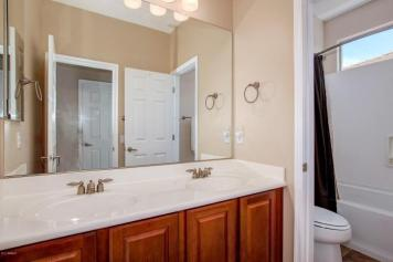 This Pulte Homes in STETSON VALLEY is the total package 8