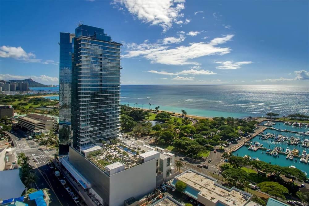 Waiea Grand Penthouse 2
