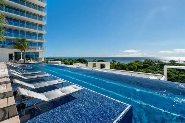 Waiea Grand Penthouse 8