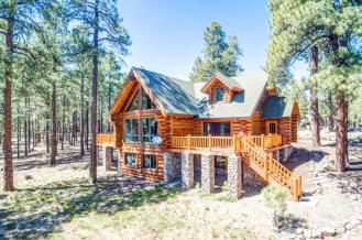 Flagstaff's Mountain Masterpiece, Stunning one-of-a-kid log home 7