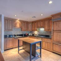 Scottsdale Waterfront pied-à-terre with all the perks & own private Patio 3