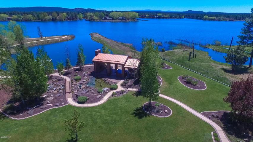 Luxury Waterfront Estate On Rainbow Lake Seeks 1 37