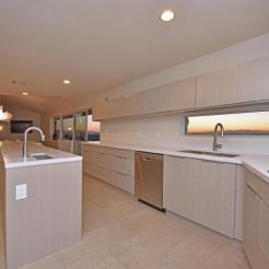 Mid-Century Modern design by Paul Christian Yeager sits on one of the highest view sights in North Phx 10