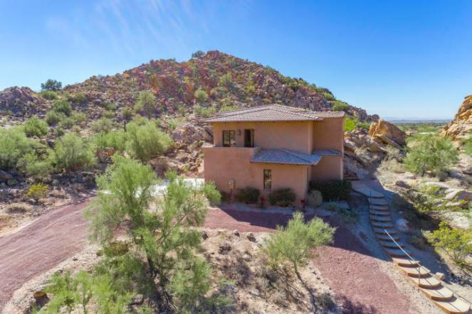 $1.4M Off the grid multi-level estate with guest house is a luxurious retreat and has forever views 13