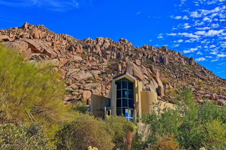 $1.4M Scottsdale Contemporary nestled amongst the Boulders, designed by two famous architects, & has 1400 bottle wine cellar
