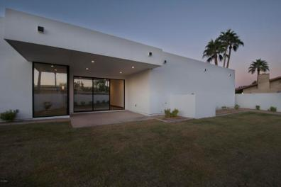 New & Sleek all White Modern Sanctuary in Phoenix-Arcadia seeks $2.3M 13