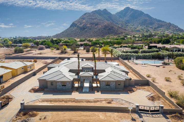 1 of 4 Custom Mansions being built near Phoenician Resort in Paradise Valley