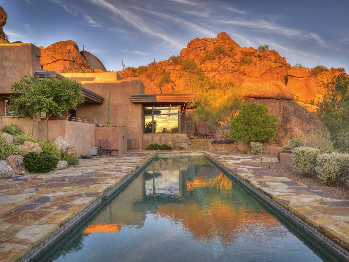 Auction planned for Carefree contemporary southwest architecture house with Award-Winning Landscape 10