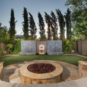 """For a cool $5M you can buy Arizona Cardinals WR Larry """"Fitz"""" Fitzgerald Paradise Valley Pad 14"""