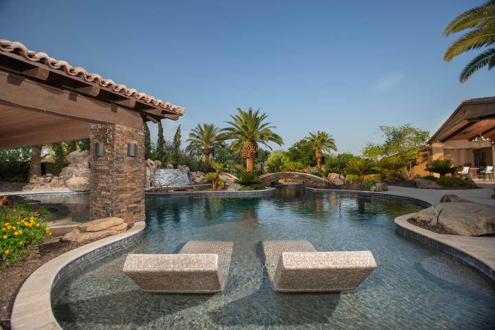 "For a cool $5M you can buy Arizona Cardinals WR Larry ""Fitz"" Fitzgerald Paradise Valley Pad 19"