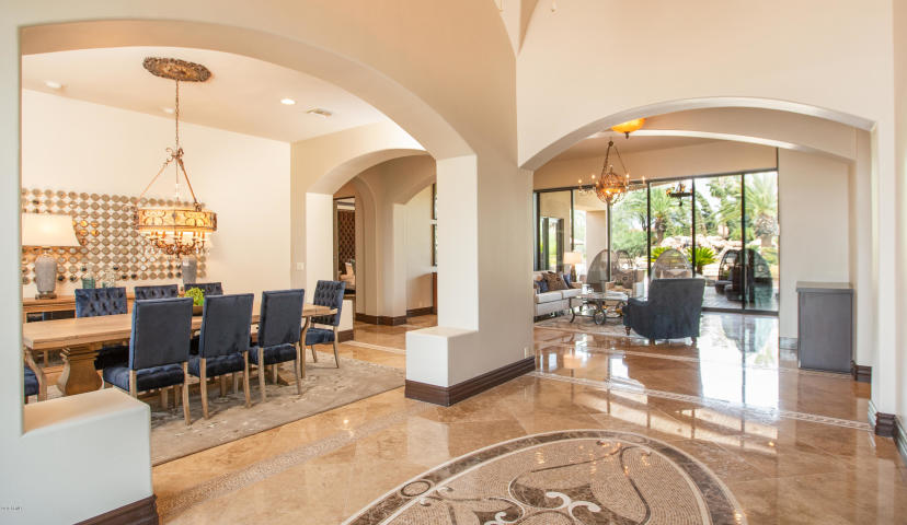 "For a cool $5M you can buy Arizona Cardinals WR Larry ""Fitz"" Fitzgerald Paradise Valley Pad 7"
