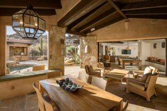 Estancia Scottsdale Southwestern adobe-style compound set amongst boulders to sell at auction 13